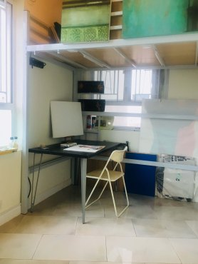 68 square feet studio